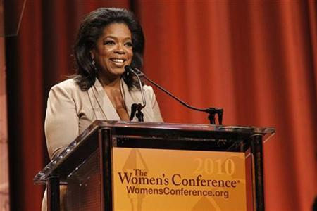 "Oprah Winfrey speaks after accepting the Minerva award at ""The Women's Conference 2010"" in Long Beach"